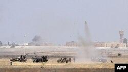 Borci prelazne vlade napreduju ka centru Sirte, tokom žestokih sukoba sa pro-Gadafijevim snagama