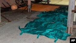 2015年2月9日兰佩杜萨海港遇难者尸体