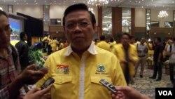 Ketua Umum Partai Golkar versi Munas Jakarta, Agung Laksono menyatakan partainya akan keluar dari Koalisi Merah Putih (foto: dok).
