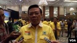 Salah satu kandidat kuat ketua umum Partai Golkar, Menteri Koordinator untuk Kesejahteraan Rakyat Agung Laksono. (Foto: Dok)