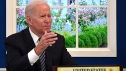 拜登总统在白宫通过视频参加美国与东盟峰会。(2021年10月26日)