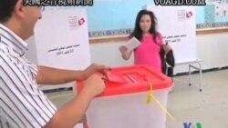2011-10-19 美國之音視頻新聞: 突尼斯選民前往投票站選舉制憲議會