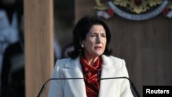 Gürcüstanın yeni seçilmiş prezidenti Salome Zurabişvili Tbilisidə inaqurasiya mərasimində, 16 ekabr, 2018.