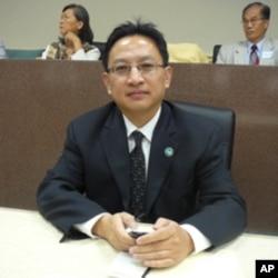 美国南加州中国和平统一促进会联盟执委会会长邓澍宏