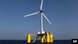 일본 후쿠시마에 최근 가동을 시작한 풍력 발전용 터빈. '후쿠시마 미래'라는 이름을 붙였다.