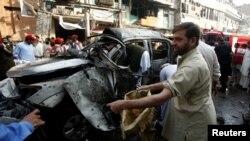 دھماکے کا نشانہ بننے والے ایس پی کی گاڑی