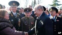 Vladimir Putin tokom boravka na Krimu