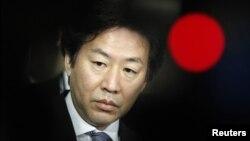 Menteri Keuangan Jepang Jun Azumi (foto: dok). Untuk menggerakkan perekonomian Jepang yang mandek, bank sentral Jepang memutuskan untuk memperluas program stimulusnya.
