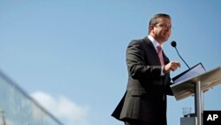 El gobernador de Puerto Rico, Alejandro García Padilla, buscaría concesiones de sus acreedores.