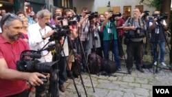 Arhiva - Novinari i snimatelji na zadatku