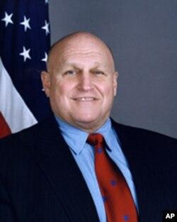 前美国副国务卿阿米蒂奇