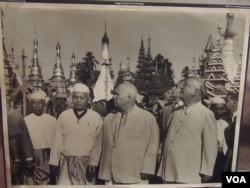 赫魯曉夫1955年訪問緬甸。 (美國之音白樺攝自赫魯曉夫展覽)