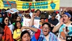 La Casa Blanca ha expresado que de llegar el momento vetaría cualquier intento por anular la orden ejecutiva del presidente Obama en el tema migratorio.