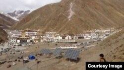 A view of Nyatso Zilkar Monastery in Tridu County in Yushu Prefecture (TCHRD)