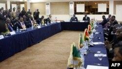 Komunitas ekonomi negara-negara Afrika Barat (ECOWAS) mengadakan pertemuan untuk membahas pengerahan tentara ke Mali utara (foto: dok).