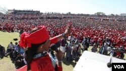 Elizabeth, wife of Prime Minister Morgan Tsvangirai, addressing party supporters Saturday at White City Stadium