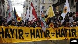 Fəallar Türkiyə hökumətinin nüvə elektrik stansiyasının inşa edilməsinə planına etiraz edir