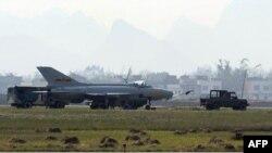 Китайский истребитель J-7