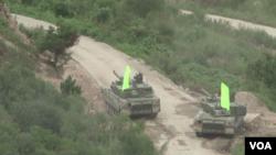 美國和南韓軍隊星期五舉行歷來規模最大的一次聯合實彈演練。(視頻截圖)