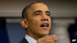 21일 미국 상원에서 필리버스터 차단 요건을 완화하는 법안이 통과된 후, 바락 오바마 미국 대통령이 지지 의사를 밝히고 있다.