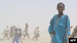 Un jeune nigérien à N'Guigmi, Niger, 5 mai 2015.