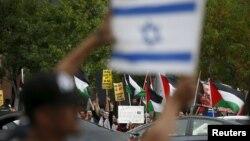 Protestues pro-Izraelit dhe pro-palestinezëve në Los Anxhelos
