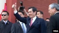 """馬英九總統訪洛城華埠先禮後""""賓"""""""