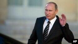Vladimir Putin criticó a Washington por negarse a compartir inteligencia con Rusia sobre Siria.