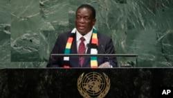 FILE: UMongameli Emmerson Mnangagwa esethula umbikooqakathekileyo oweUnited Nations General Assembly.