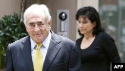 Bivši direktor MMF-a i supruga, En Sinkler, Njujork 6. jul 2011.