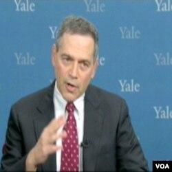 Dr. Harlem Krumholz, Univerzitet Yale