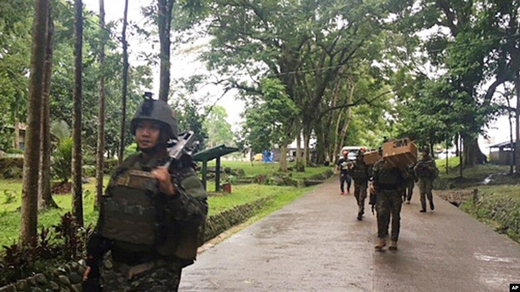 Quân Philippines tăng cường ở ngoại ô thành phố miền nam Marawi, 24/5/2017