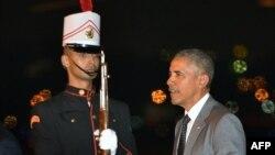 Tổng thống Obama đến thủ đô Panama đêm qua để dự Hội nghị Thượng đỉnh châu Mỹ.