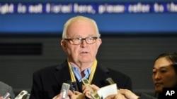 Ông Stephen Bosworth nói rằng chính quyền của Tổng thống Barack Obama phải tiếp tục tiếp xúc với Bình Nhưỡng.