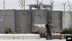 مشکل توقیفگاه های خارجی ها در افغانستان حل نشده است