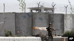 عدم واگذاری ادارۀ زندان بگرام به مقامات افغان
