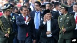 Presiden Joko Widodo bersama Wakil Presiden Jusuf Kalla di Jakarta. (Foto: Dok)