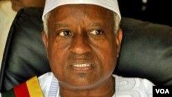 Guine-Bissau: presidente SerifoNhamadjo