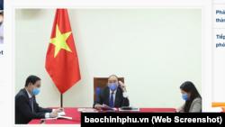 Thủ tướng Việt Nam Nguyễn Xuân Phúc điện đàm với Thủ tướng Trung Quốc Lý Khắc Cường vào ngày 3/4/2020.
