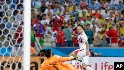 Chiến thắng của Costa Rica là một kết quả bất ngờ lớn của World Cup trong ngày thứ Bảy.