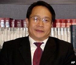 中国著名维权律师莫少平
