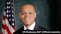 Patrick H. Gaspard, embaixador americano na África do Sul