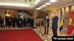 Predsjedavajući Vijeća ministara BIH Vjekoslav Bevanda i crnogorski premijer Milo Đukanović na konferenciji za novinare u Podgorici