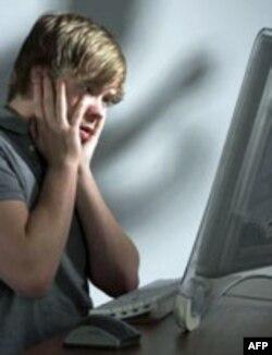 网上霸凌给美国学校和社会提出新挑战
