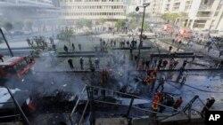 27일 레바논 수도 베이루트에서 발생한 차량폭탄 공격 현장. 이 날 공격으로 무함마드 차타 전 재무장관이 사망했다.
