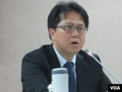 台湾在野党民进党立委邱志伟 (美国之音张永泰拍摄)