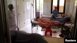 Bệnh nhân HIV/AIDS được chăm sóc trong viện quốc gia về các bệnh nhiệt đới ở Hà Nội