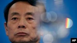时任中石油董事长的蒋洁敏2010年3月25日在香港出席有关公司业绩的记者会
