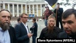 Фото з архіву! Російський ідеолог Дугін та голова ДНР Пушилін у Москві.