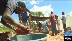 Vanochera mangoda vanonzi vakawana mumwe munda apo vanga voshandira vari panguva yavanonzi vakazopfurwa.